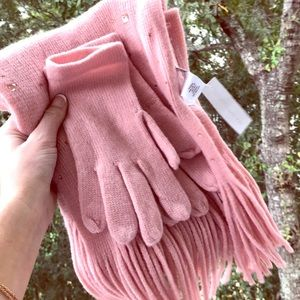 NWT Jeweled Gloves + Scarf Pink Set New York & Co